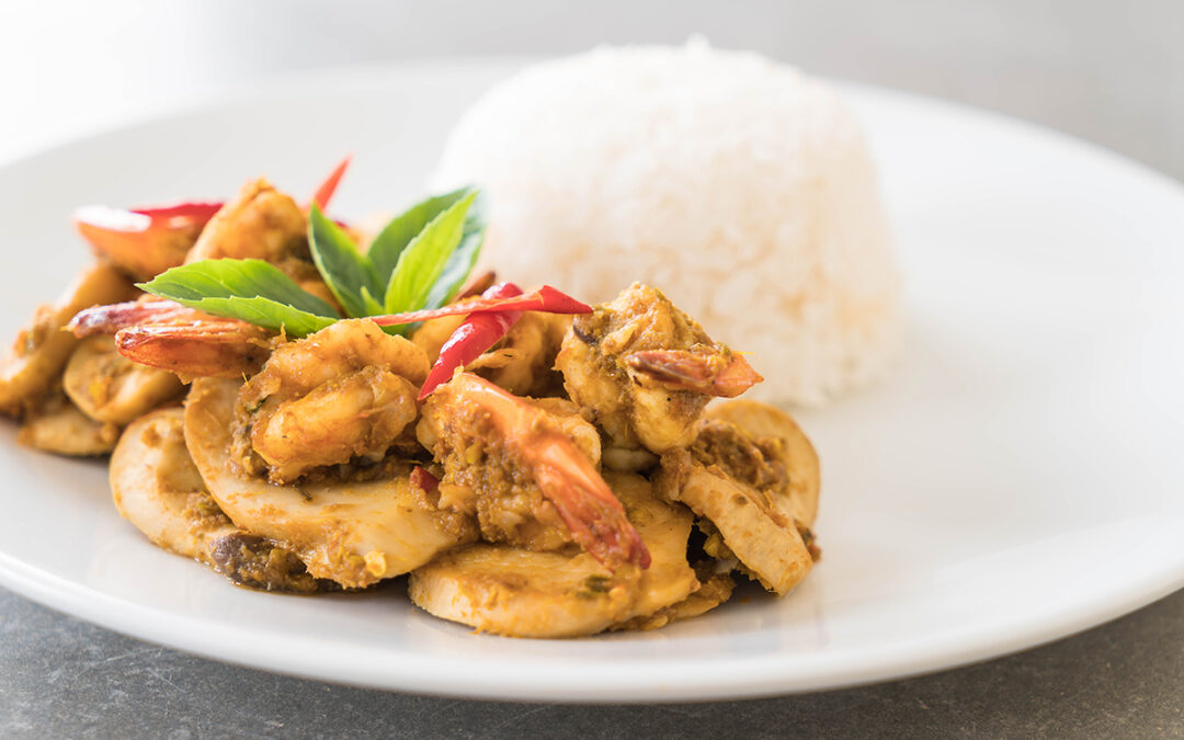 Cooking with Peung – Paneng Curry with Shrimp