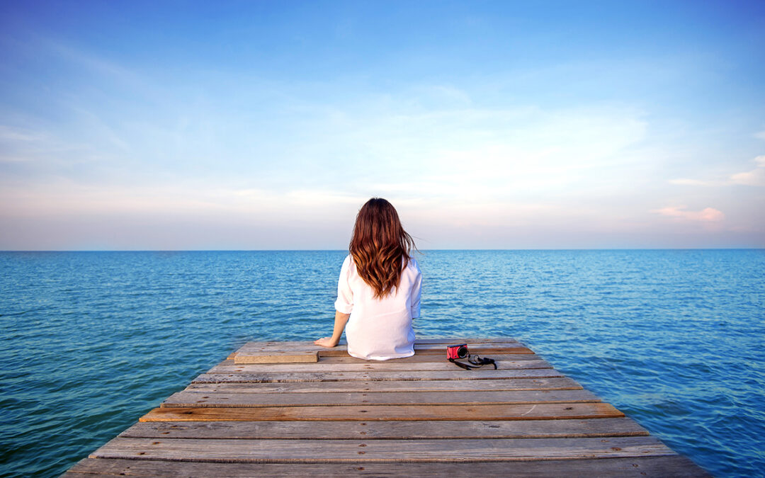 How to Deal with Loneliness: 5 Ways to Stop Feeling Lonely